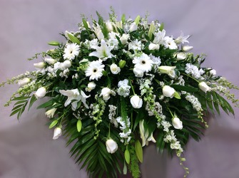 Loved One Farewell Casket Cover from Carl Johnsen Florist in Beaumont, TX